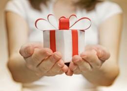gift-giving-59721745